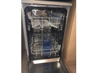 Slimline silver Indesit Dishwasher immaculate as new condition