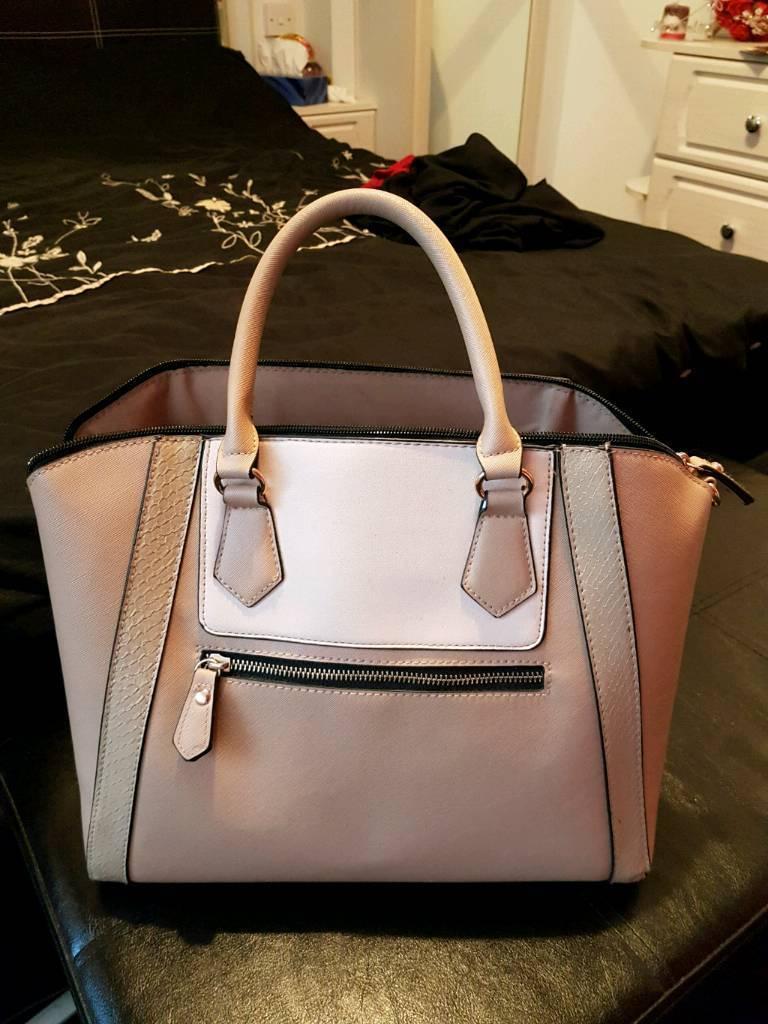 Used handbags