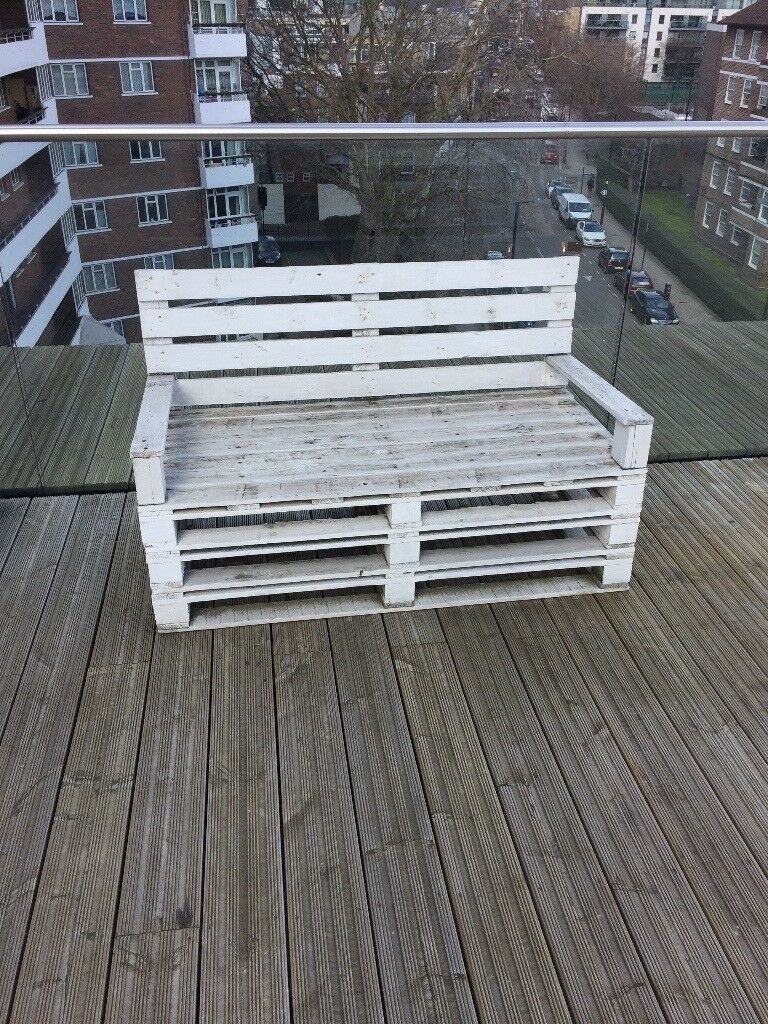 Up Cycled Garden Furniture Made From Pallets And Barrels In Central