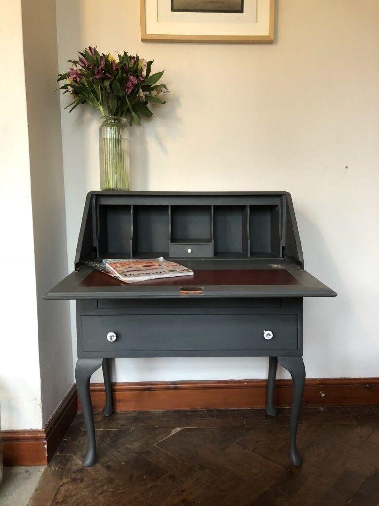 Elegant Vintage Bureau Writing Desk With Queen Anne Legs