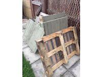 8 wooden pallets