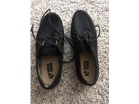 YOUR TURN mens plimsolls summer trainers size 9 UK used Bargain !