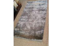 Luxurious grey rug 5ft by 3ft as