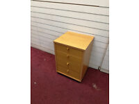 Small wooden filing cabinet - available for free!
