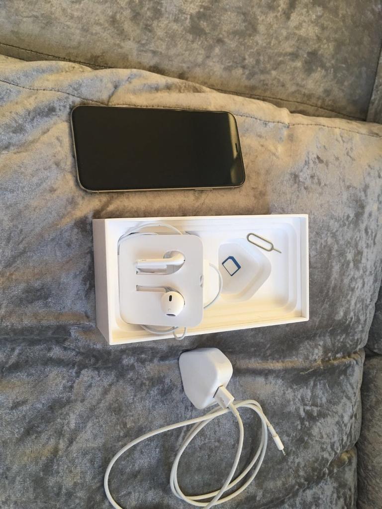 iPhone X 64gb 02