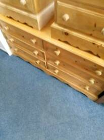 Pine Chest of 6 Drawers