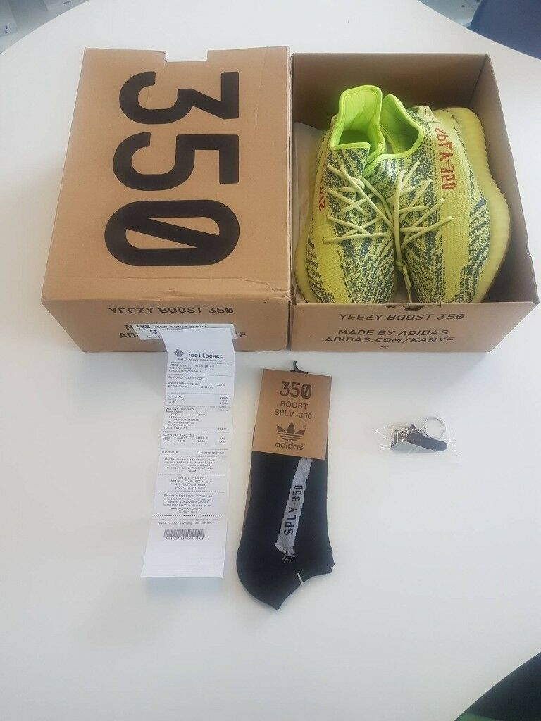 6ad728b35bfe2 Yeezy Boost 350 V2 FROZEN YELLOW UK 9