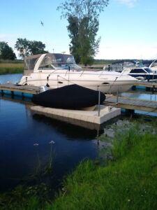 Quai pour motomarine ou dinghy