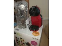 Krups Nescafe Dolce Mini Coffee Pod Machine in Red - As new condition