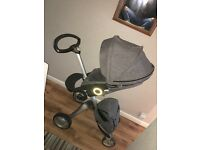 Stokke xplory in black melange with parosol