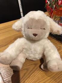 White noise slumber lullaby lamb, never used, smoke and pet free house