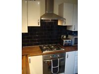 3 BED FLAT IN CREWE ROAD WEST.