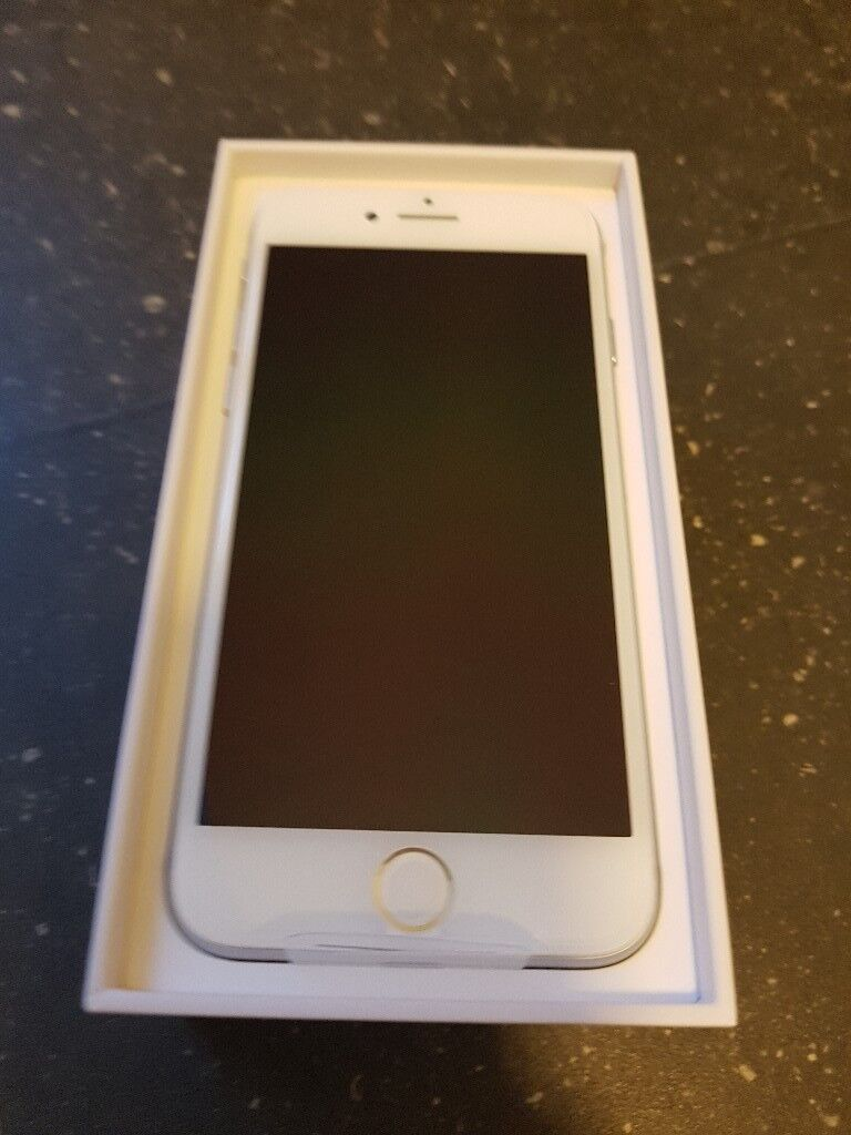 Brand new iphone 8 silver 64gb
