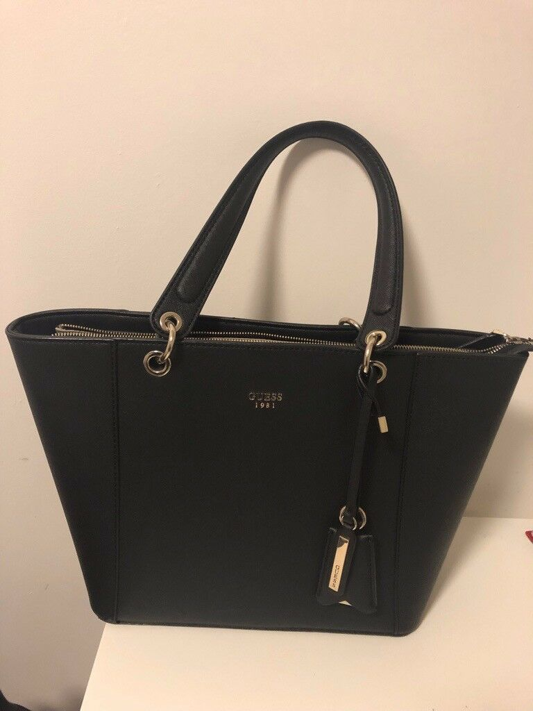 4362ad8256 Guess Tote Bag Black