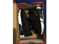 Nike Air Max 90 Mesh black and white uk 6.5 cm_13 infant trainers
