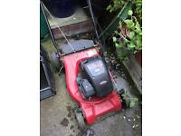 Briggs and Stratton Sprint XP40 petrol lawnmower