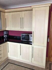 Full kitchen units, not black granit