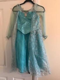 Disney Dress up Merida, Anna & Elsa