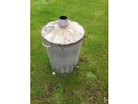 Metal incinerator for the garden