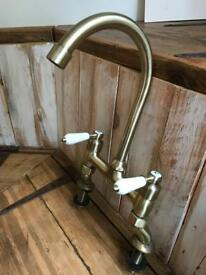 Traditional style white lever kitchen mixer tap