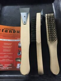 CHARCOAL GRILL BRUSHES 3X ARCHWAY CHARCOAL GRILL BRUSHES
