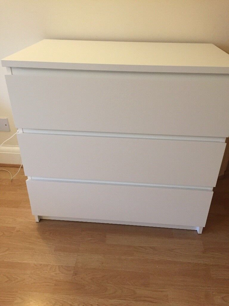 Ikea White Malm 3 drawer chest of drawers. Less than year old. Ikea price £40 asking price £25.