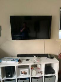 Tv wall mounting (installs)