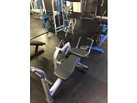 Life Fitness Signature Abs Crunch Machine