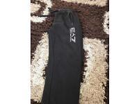Ea7 bottoms black