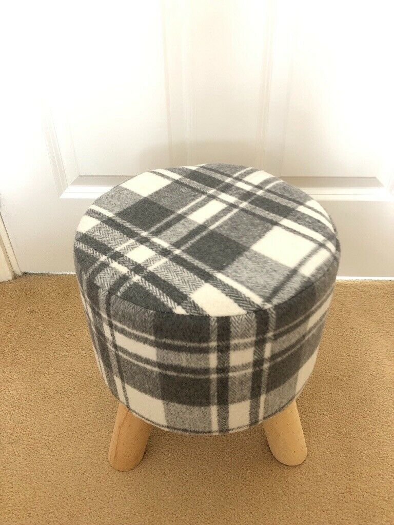 Small Grey Amp White Check Footstool In Buckingham