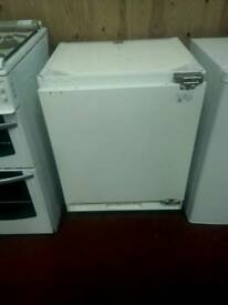 Integrated freezer under counter tcl 20609. Sic months guarantee