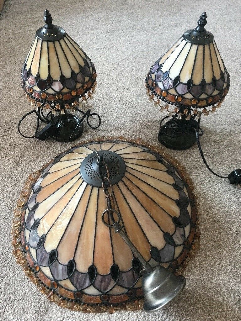 Tiffany Light Shade And Matching Lamps Bournemouth