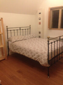 Large room to let in friendly family house Castle Bromwich B36