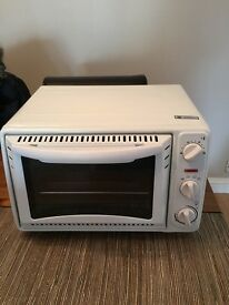 Cooper compact oven 8011 table top oven / grill in very good condition.