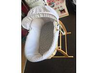 Moses basket with rocking stand, mattress and sheets