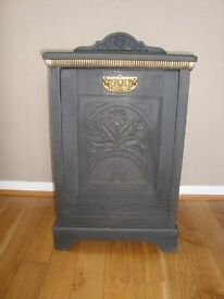 Vintage Shabby Chic coal skuttle/box in Annie Sloan Graphite chalk paint