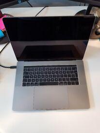 Macbook Pro 15inch, 3.1 GHz Intel Core i7, 16GB RAM, 1TB SSD, Radeon Pro 560 4096 MB