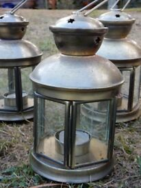 Set of 4 Brass and 2 Copper coloured Tea light Garden lamps