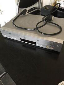Samsung DVD player with remote and cables