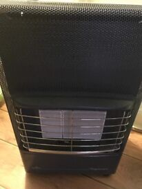 Calor gas heater with full bottle of gas
