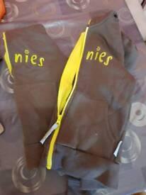 Brownie uniform bundle