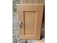 Oak Kitchen Doors and Drawer Fronts with Hinges and Handles