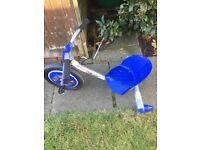 Child's pedal spin go kart
