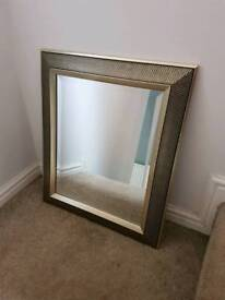 Gold frame mirror from dunelm mill in ex condition.