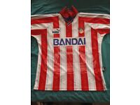 Athletico Madrid Replica Home shirt good condition..Large..collection