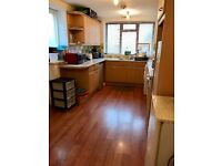 Double room close to Barking station