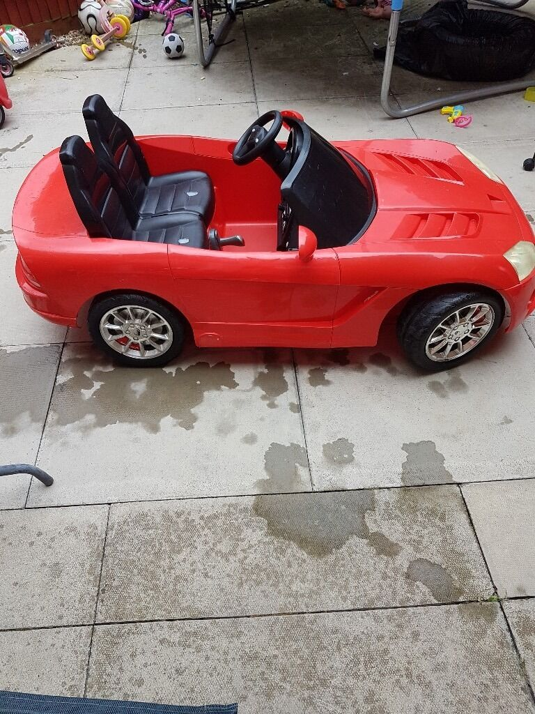 Electric car ride on DODGE VIPER 12 Vin Leighton Buzzard, BedfordshireGumtree - The Dodge Viper 12 volt car is a must for your child. 2 × Battery 12v .2 Seats .12 volt wall charger included. Maximum speed is 5 MPH. Price 70 pounds only