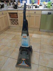 Vax V-028MPT carpet cleaner with attachments