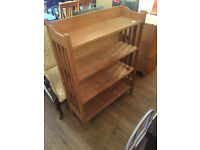 Oak Bookcase with 4 shelves.
