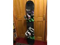 Snowboard and brand new Bindings